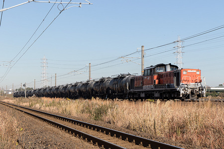 DD51-893