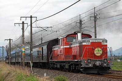 DD51-842後追い